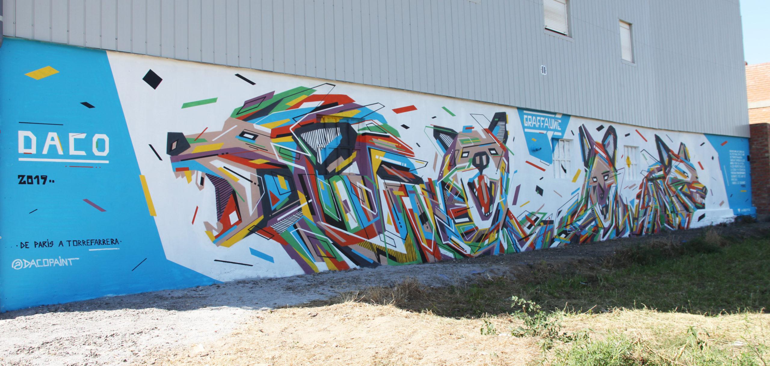 Fresque Graffaune Graffiti loups réalisée par Daco