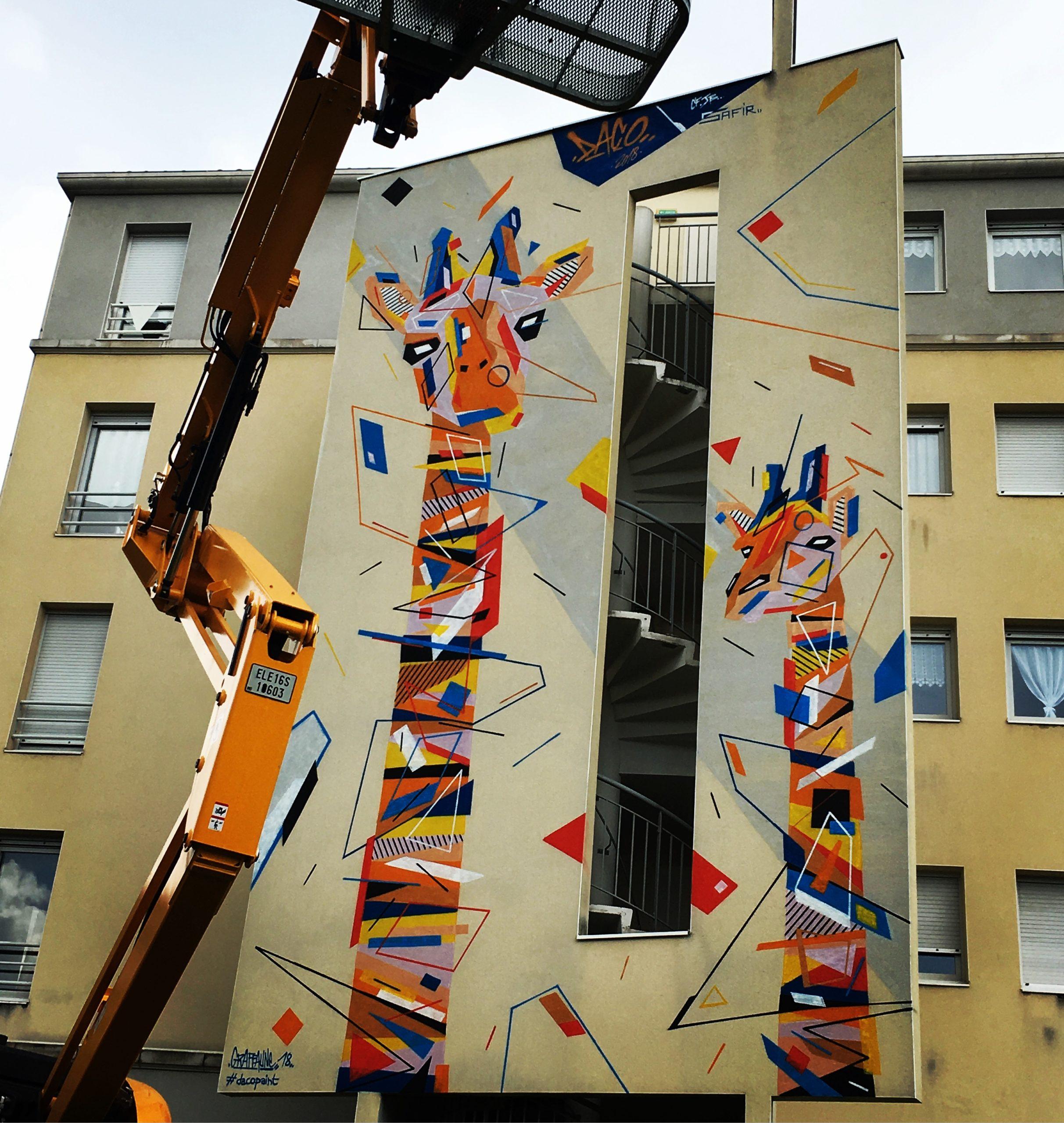 Fresque Graffaune Graffiti girafes réalisée par Daco