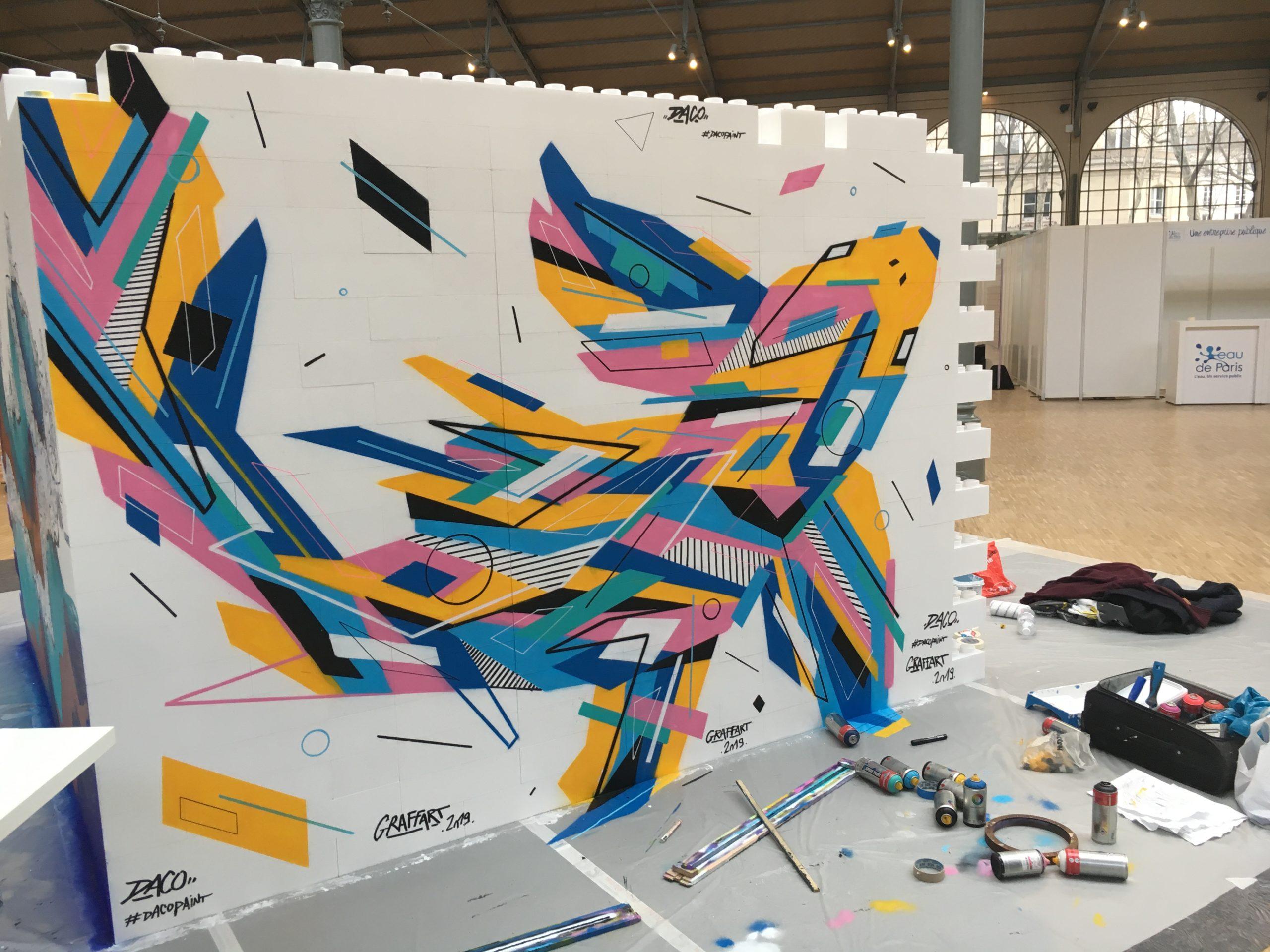 Fresque Graffaune Graffiti carpe koi réalisée par Daco