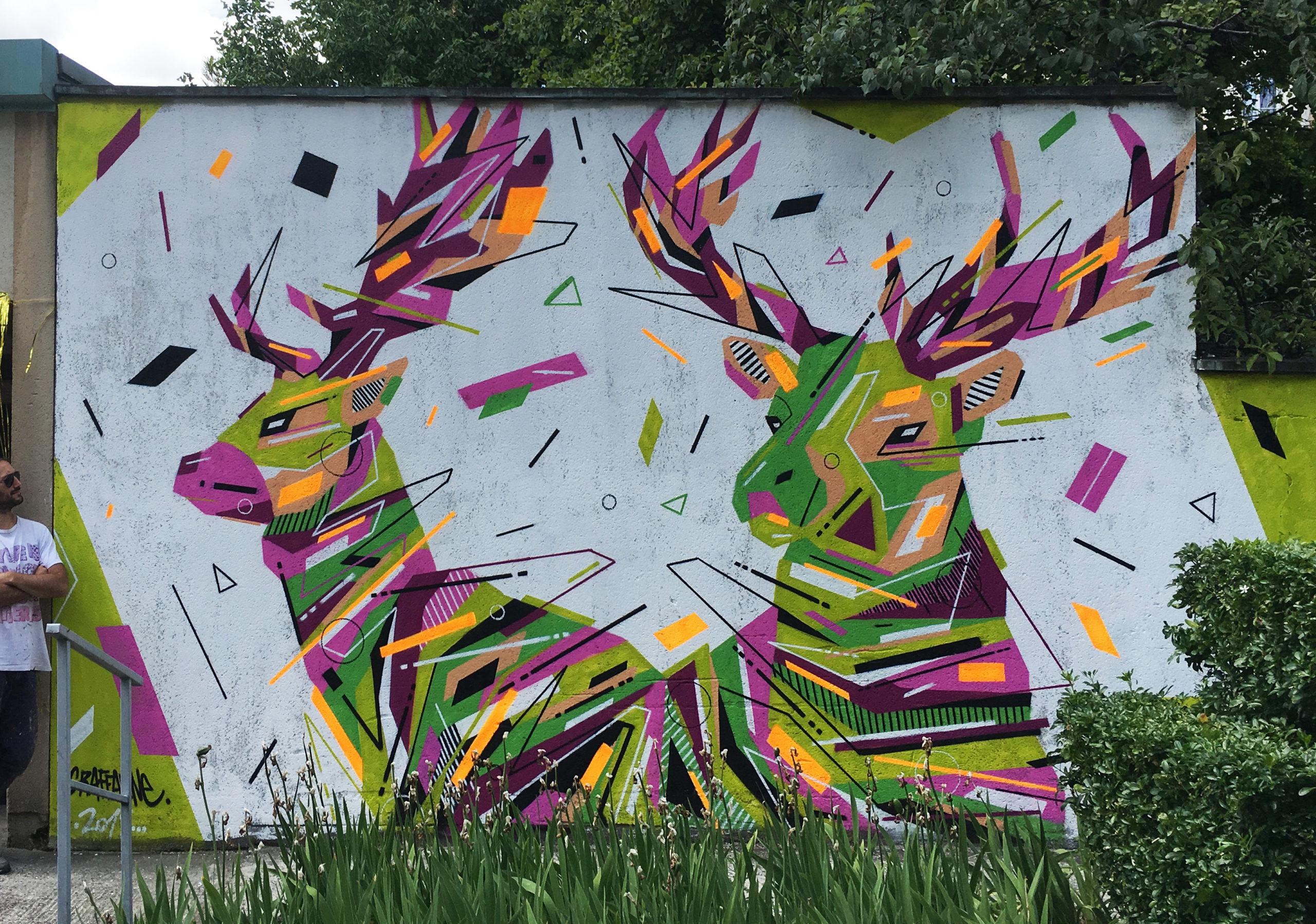 Fresque Graffaune Graffiti cerfs réalisée par Daco