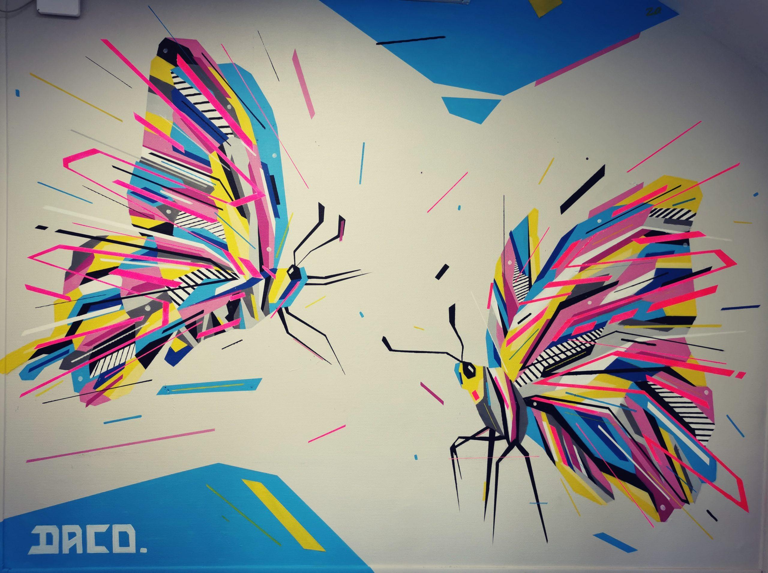 Fresque Graffaune Graffiti papillons réalisée par Daco